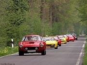 Ferraris auf Landstasse